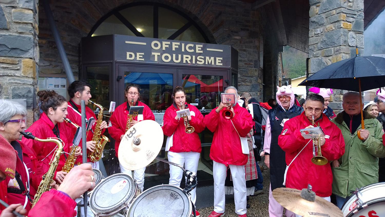 fete-du-cochon-office-tourisme-saint-lary-bigorre-mag-1