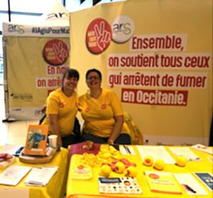 stand-300x279