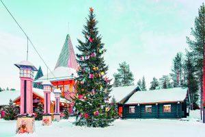 Laponie-village-noel-AdobeStock_238453208-300x200